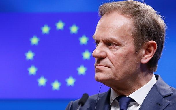 """Brexit: Tusk condiciona """"curta extensão"""" a aprovação do Acordo de Saída"""