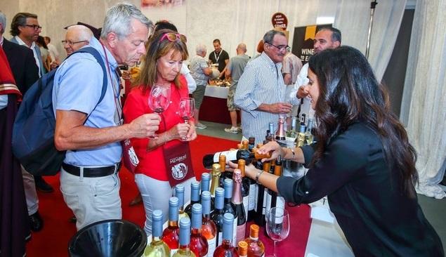 Albufeira recebeu 900 vinhos de todo o país