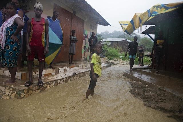 Moçambique | Sobe para 43 óbitos pelo impacto do Ciclone Kenneth no Norte de Moçambique