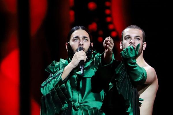 Eurovisão: Conan Osiris falha a grande final numa primeira semifinal sem emoções fortes
