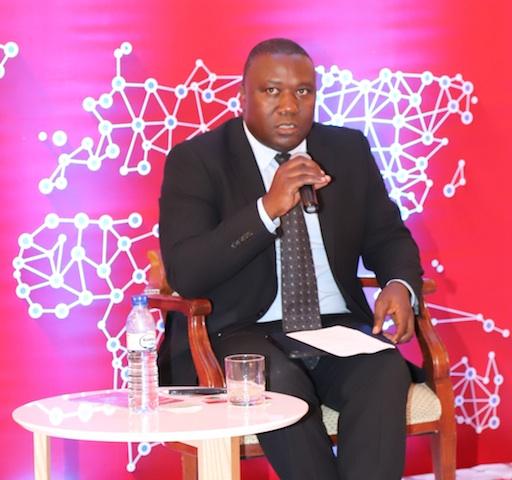 Mundo | Banco de Moçambique incapaz proteger os clientes de microfinanças