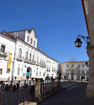 Alentejo | Em reunião pública de 22 de Maio: Câmara de Évora conheceu decisão do Governo acerca da nova Linha Ferroviária Sines/Évora/Elvas
