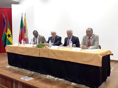 Cantanhede | Em 25 de maio Embaixador de S. Tomé veio a Cantanhede à apresentação do seu último livro
