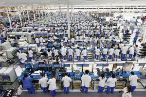 Mundo   Trabalho escravo e suicídios na China