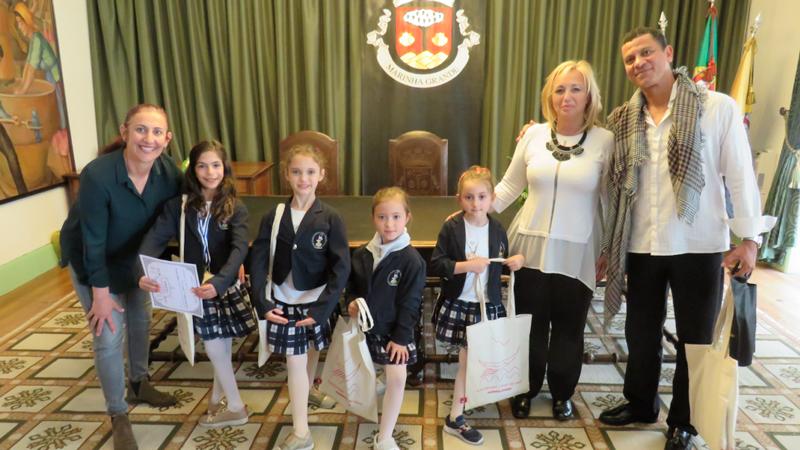 Marinha Grande | Bailarinas vencedoras de concurso internacional recebidas na Câmara