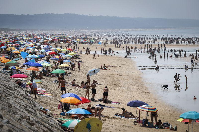 """Portugal tem este ano 375 praias com """"qualidade de ouro"""""""