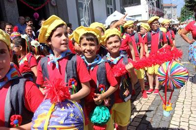 Castelo de Paiva | Milhares de pessoas são esperadas para quatro dias de folia – Festas do S. João de Castelo de Paiva Arrancaram com as Marchas Seniores