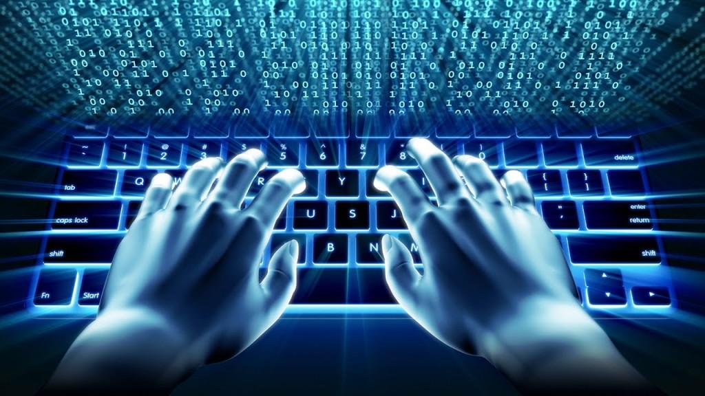 Internet | Estudo: um em cada quatro jovens assume ter problemas associados à utilização de internet