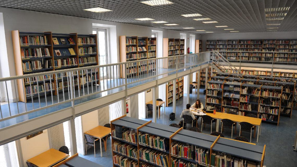 Biblioteca Municipal de Leiria cria condições especiais para os alunos estudarem até 23 de julho