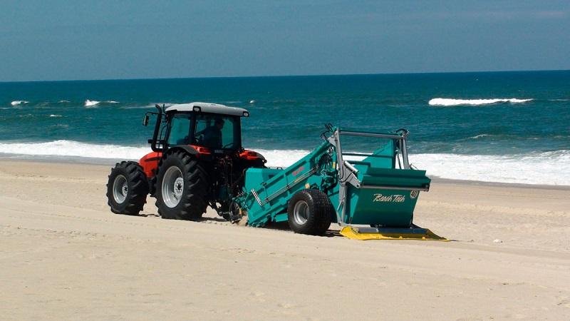 Loulé adquire novas máquinas de limpeza de praia