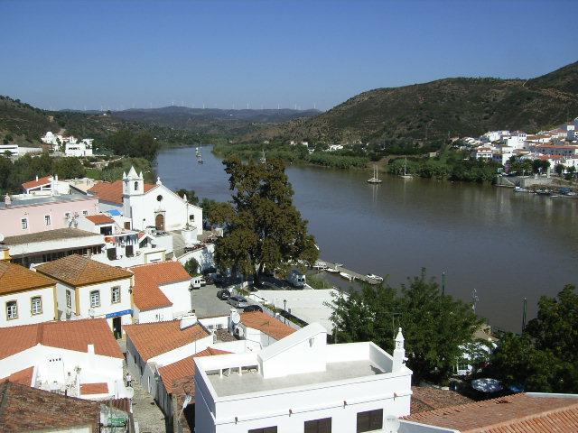 Algarve | Câmara de Alcoutim transfere competências para as juntas de freguesia do concelho