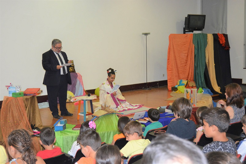 Cultura | Sofia Moniz narrou Contos do Mundo na Biblioteca de Cantanhede