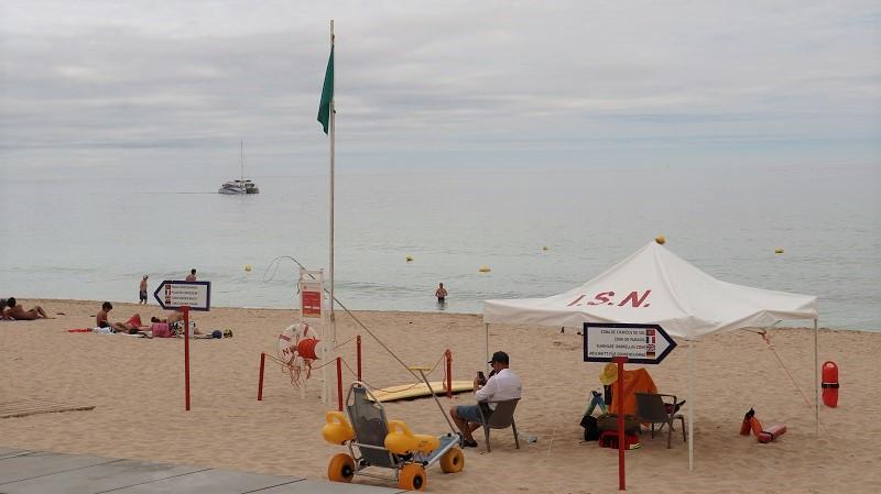 """Algarve   Praias de Lagos com """"Qualidade de Ouro"""""""