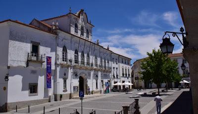Alentejo   Em reunião pública de 17 de Julho: Câmara de Évora aprovou concurso para reabilitação de poços e nascentes do Aqueduto