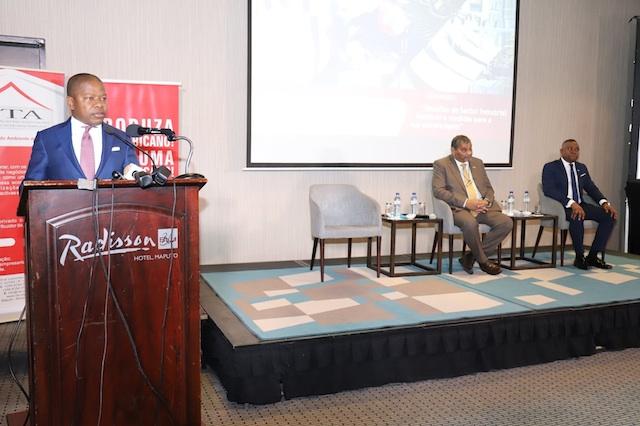 Mundo | Não há dinheiro para dinamizar indústria em Moçambique; Governo e CTA divergem sobre Estratégia Industrial