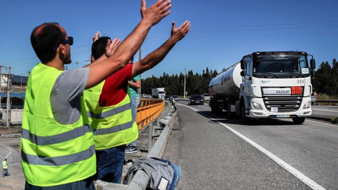 Sindicato das mercadorias desconvoca greve, Sindicato das matérias perigosas fica isolado