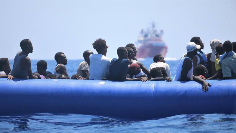 Portugal disponível para receber até 35 migrantes do Ocean Viking