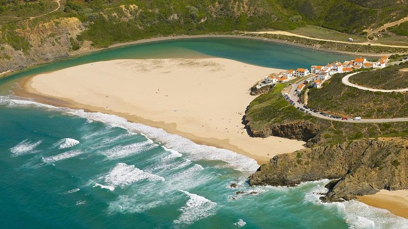 Algarve | Concurso lançado para qualificação de acessos à Praia de Odeceixe