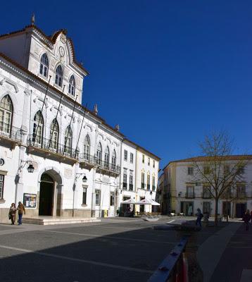 Évora | Em reunião pública de 31 de Julho de 2019: Câmara de Évora aprovou voto de pesar pelo falecimento do seu Vice-Presidente