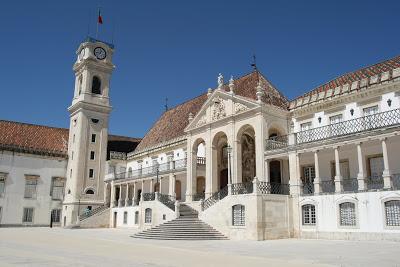 Coleção de Culturas de Bactérias da Universidade de Coimbra apresentada no Dia Internacional do Microrganismo