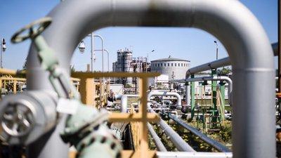 Negócios | Preço do barril Brent sobe 14,59%. Arábia Saudita foi o quarto maior fornecedor de petróleo a Portugal em 2018