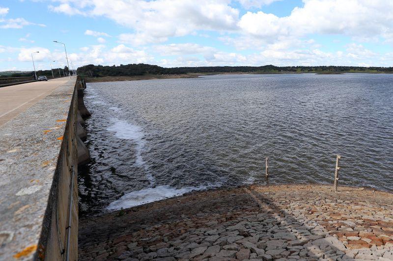 Nacional | Vinte e três albufeiras com menos de 40% de água no final de agosto