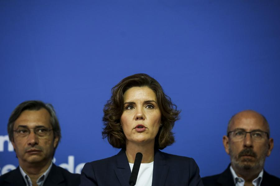 Politica | CDS quer que Ministério Público investigue declarações de António Costa e Azeredo Lopes