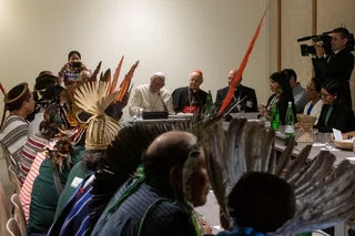 Mundo | Bispos pedem ordenação de homens casados como sacerdotes para a Amazónia