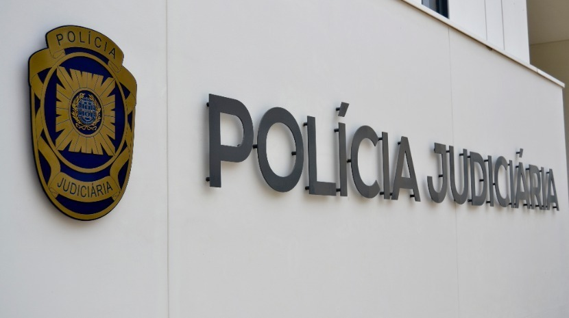 Rapaz de 13 anos abusado sexualmente por homem de 86. PJ fez detenção