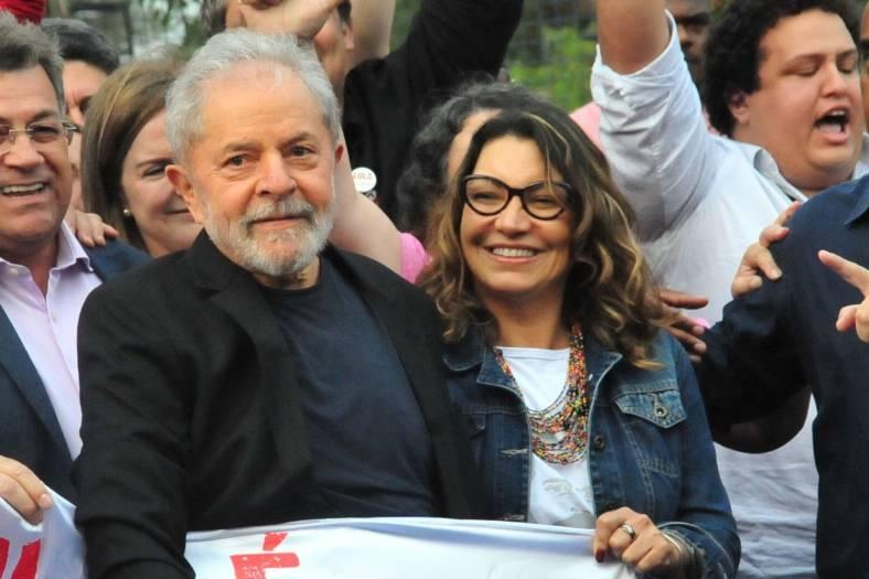 Mundo | Lula da Silva já saiu da prisão