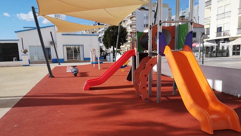 Algarve   Parque infantil reabilitado