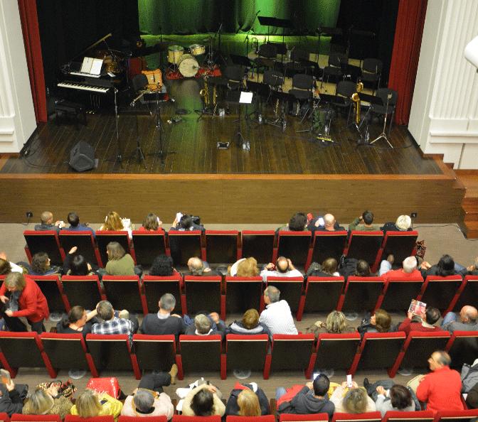 Oeste | Jazz, comédia e espetáculos infantis no Teatro Stephens