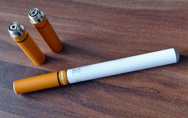 Cigarros eletrónicos e o tabaco aquecido possuem tóxicos que não existem nos cigarros tradicionais, afirma especialista