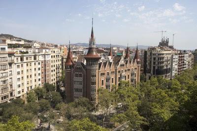 Mundo | Abuso sexual e não violação (porque a vítima de 14 anos estava inconsciente). O crime que está a indignar Espanha