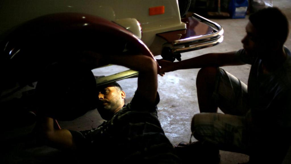 Mecânico morreu em Famalicão após falha no elevador que suportava viatura