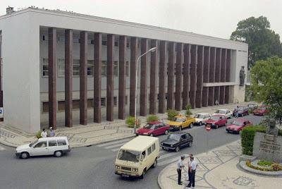 Justiça | Homem que aliciou menores na Internet condenado a 8 anos de prisão em Aveiro