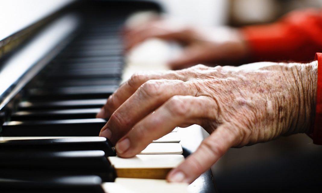 Idosos aprendem a envelhecer com autoestima