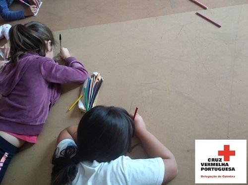 Cruz Vermelha de Coimbra implementa programa inovador para crianças afetadas por Catástrofes em várias escolas da região Centro