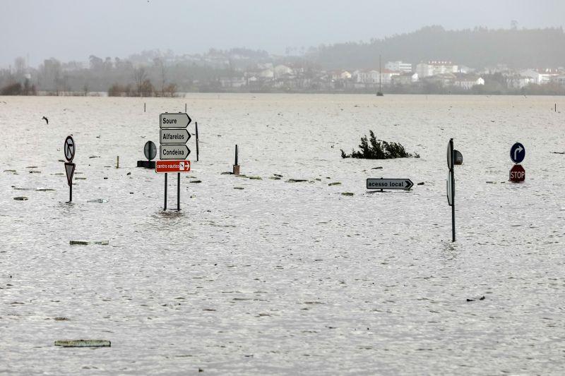Mau tempo: Cheias no Mondego vão manter-se nos próximos dias