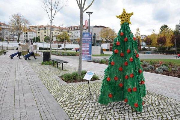 Leiria   Incentiv'Arte leva esculturas de material reciclado à cidade