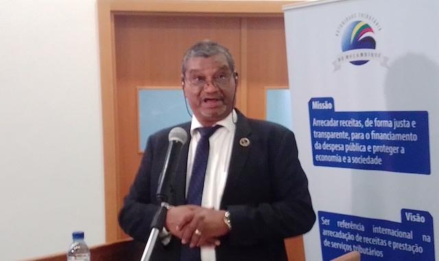 Mundo | Ministro Ragendra de Sousa afirma que não é viável subsidiar a agricultura em Moçambique