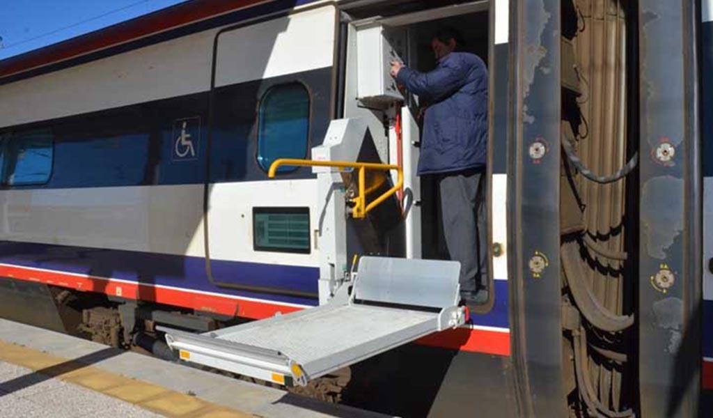 3 de Dezembro: CP oferece viagens aos Clientes com Necessidades Especiais