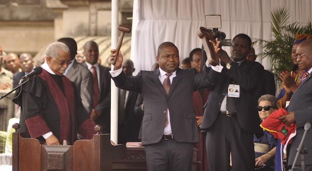 Economia moçambicana em suspenso até a posse de Filipe Nyusi