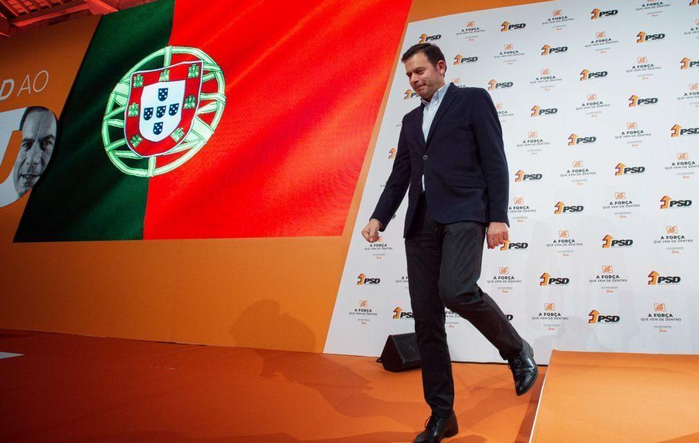 """Montenegro apresenta o PSD como a """"grande casa da alternativa não socialista"""" e quer Marcelo em Belém até 2026"""