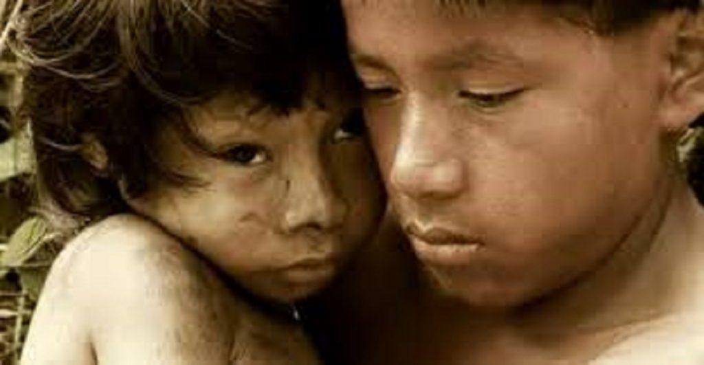 Mundo | Infanticídio indígena: uma questão cultural?