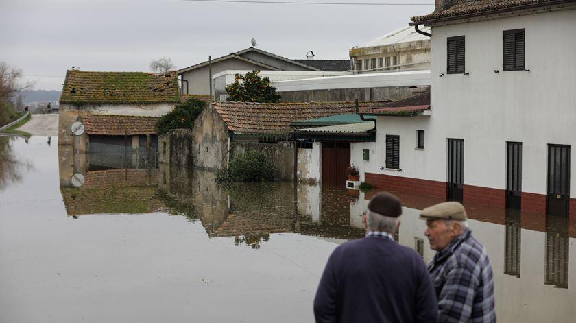 Ministro avisa: Povoações nas margens do Mondego podem ter de se mudar