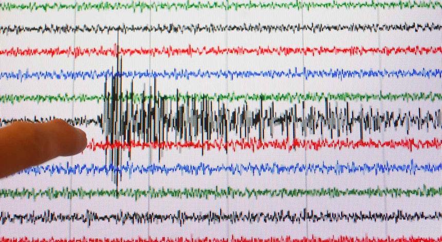 Sismo de magnitude 3,7 sentido nas ilhas do Faial e do Pico