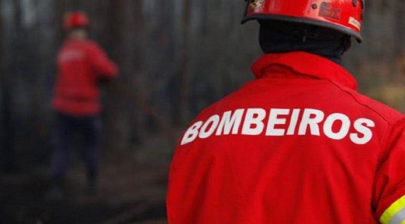 Bombeiros ainda estão à espera de apoio prometido pelo Governo para a educação dos filhos