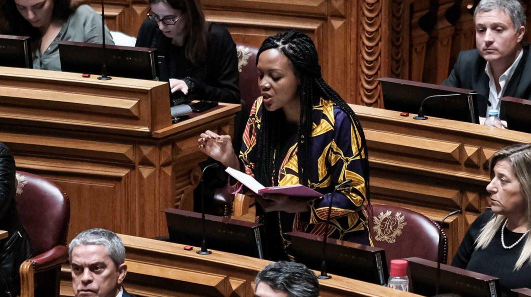 Livre quer ver-se livre de Joacine Katar Moreira em Congresso que começa hoje