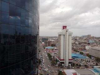 Banco central acirra luta contra dolarização da economia em Moçambique